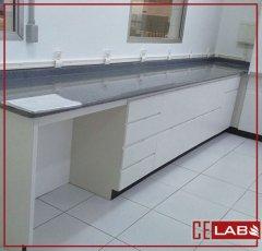 Mesa bancada para laboratorio