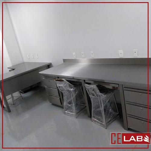 Moveis em aço inox para laboratorio