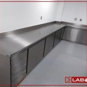 Armario inox para laboratorio